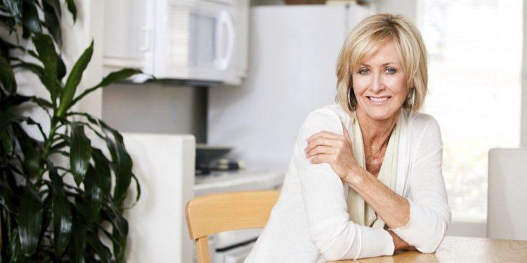 Cat timp tin bufeurile la menopauza